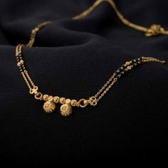 15 Latest Daily Wear Gold Mangalsutra Designs For Today's Brides Gold Chain Design, Gold Bangles Design, Gold Earrings Designs, Gold Jewellery Design, Gold Mangalsutra Designs, Gold Jewelry Simple, Daily Wear, Brides, Chains