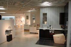 toto-showroom-wide