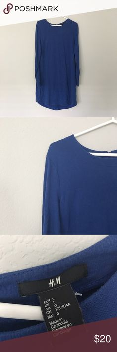 H&M Blue T-Shirt Dress Title: H&M Long Sleeve Dress   Condition: Pre-owned but in excellent condition.  Color: Almost a Midnight Blue  Type: 100% Cotton Size: Women's Large  Brand: H&M H&M Dresses Long Sleeve