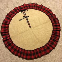 48 Burlap Tree Skirt with Single Raw Edge by redesignaccessories