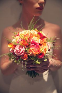 Bright Bold Graphic Stripe Wedding Rose Lily Bridal Bouquet Ideas http://www.emmacleveleyblog.co.uk/