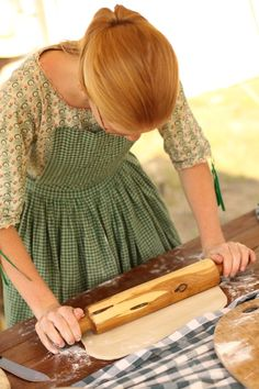 Wish I could wear clothes like this sometimes without looking crazy. Instead I watch movies like Anne of Green Gables or Little Women. (Photo from a cool blog post about a reenactment)