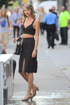 This is what Taylor Swift looks like leaving the gym.