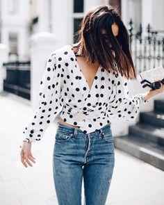 Jacquemus ha triunfado con su blusa a topos, un diseño que no deja indiferente a nadie