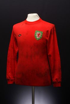 Wales Football Shirt (home, 1974) by umbrofootball, via Flickr