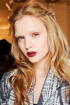 Feminine style for winter hair from Gucci Fall 2012