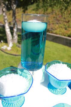 Ice-Age-colored-water-decor-idea