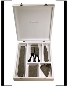 Alexander Olch Gift box with necktie, bow tie, pocket round, suspenders, and detective notebook