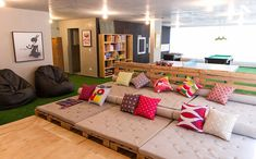 Home Theater Rooms, Cinema Room, Basement Steps, Kids Cafe, Pallet Sofa, Classroom Decor, Game Room, Decoration, Interior Architecture