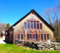 Yahoo Homes of the Week: Barn-style homes for sale (Homes made from old barns)