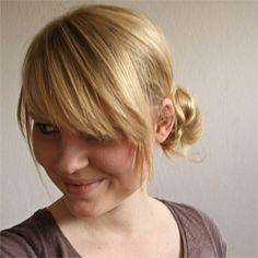 Hair tutorial - Messy side bun