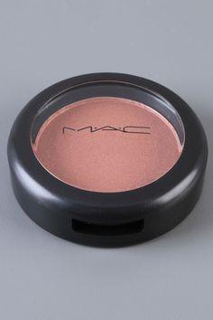 MAC Powder Blush In Margin Shimmer, spring and summer, blush without bronzer Mac Makeup, Blush Makeup, Makeup Geek, Love Makeup, Beauty Shop, My Beauty, Beauty Makeup, Beauty Hacks, Beauty Tips