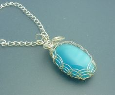 tutorial on how to make a viking knit bezel for cabochon pendants.
