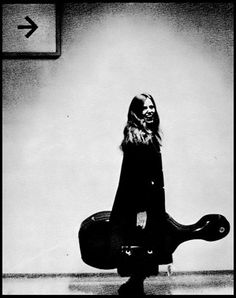 jacqueline du pré...one of the most incredible cellists of all time; and one of the luckiest, owning two stradivarius cellos. one of my idols growing up...