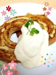 豆腐クリームは、ホットケーキやフレンチトーストに添えるホイップクリームとしても大活躍。  こちらは、車麩と豆乳を使ったフレンチトースト。 大豆イソフラボンたっぷりで女性に嬉しいレシピです。