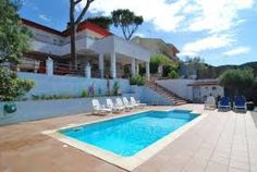 The thought of staying in a luxury villa holiday accommodation will radiate sumptuousness and solace in your body. Be that as it may, a great many people likewise search for a reasonable and accessible holiday villa in Spain to live in class and comfort