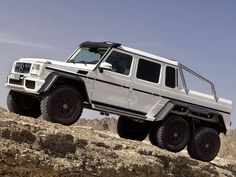 Mercedes Benz 6x6 AMG. Ultimate off-roading beast - Perfectly adapted for desert - http://richieast.com/