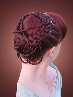 I normally don't like rope accent braids but it was actually really pretty in this hairdo