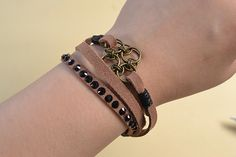 final look of the chocolate suede cord bracelet
