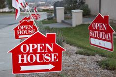 Open houses still rock for selling real estate. While many real estate professionals have slacked on … Selling Real Estate, Real Estate Tips, Real Estate Services, Sell Your House Fast, Selling Your House, Open House Signs, Home Still, Flavio, Home Signs
