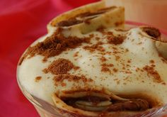 Recette Coupes de tiramisu aux crêpes gourmandes. Plus de recettes ici : http://www.ilgustoitaliano.fr/recettes/i-love-tiramisu http://www.ilgustoitaliano.fr/recette/coupes-de-tiramisu-aux-crepes-gourmandes