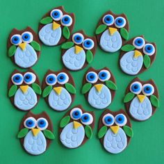 cupcake toppers | Owl Fondant Cupcake Toppers by Clementinescupcakes on Etsy