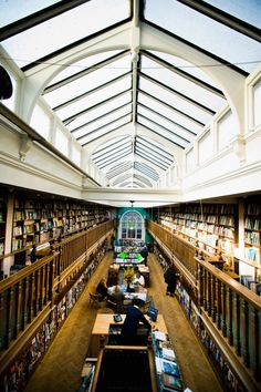 Tour the most extraordinary bookshops across the globe, from a hidden gem on Santorini to a repurposed church in The Netherlands The Last Bookstore, Tokyo Design, Uk Photos, Learning Centers, Brutalist, Architectural Digest, Historic Homes, Bookstores, Libraries