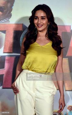 Most Beautiful Bollywood Actress, Bollywood Actress Hot Photos, Indian Bollywood Actress, Bollywood Celebrities, Hindi Actress, Actress Photos, Bollywood Dress, Bollywood Girls, Bollywood Fashion