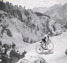 Tour de France 1956. 17^Tappa, 23 luglio. Gap > Torino. Col d'Izoard. Charly Gaul (1932-2005)