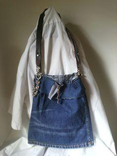 Kleine Jeanstasche!  Selbst entworfen und mit Liebe gefertigt! 39,00€