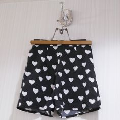 HEART CULOTTES BLACK and WHITE Size: About S Hand made?