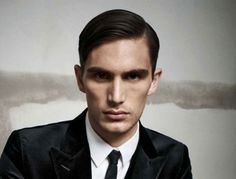 Mens Straight Hair Part Mens Hairstyles - Why Men Only Ever Have Five Hairstyles Settle Favourite Look When. Men settle favourite hairstyle when reach age after trying five d. Mens Straight Hairstyles, Mens Hairstyles 2014, Classic Mens Hairstyles, Mens Medium Length Hairstyles, Thin Hair Haircuts, Slick Hairstyles, Haircuts For Men, Short Hair Cuts, Short Hair Styles