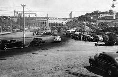1950 - Praça Charles Müller e ao fundo o Estádio do Pacaembu. São Paulo - Brasil