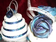MAORI/ FLAX & PAUA THEMED WEDDING CAKE. Paua is unique to New Zealand. The most colourful species of Abalone.Flax (harakeke) specially woven by Maori Women. www.frescofoods.co.nz Email: fresco@woosh.co.nz Wedding cakes in Auckland New Zealand