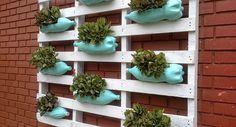 Ideas para hacer jardines verticales con botellas de plástico