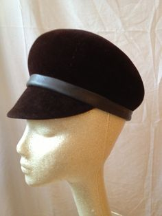 7b87b607bd4 1960s Frank Olive felt hat newsboy style by shopprettypeople