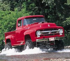 Red 4X4 Ford Truck, you dont see this year in a 4X4'veey often.