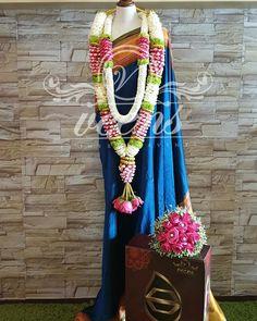 Mahlai Wedding Garlands, Flower Garland Wedding, Wedding Mandap, Flower Garlands, Flower Decorations, Wedding Decorations, Indian Wedding Theme, Wedding Themes, Wedding Ideas