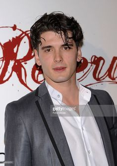 Actor Yon Gonzalez attends the premiere of 'Gran Reserva' TV series new season at Capitol Cinema on April 23, 2012 in Madrid, Spain.
