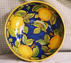 Detailed Photo of Serving BlueLemon- I brought a bowl like this back from Sorrento. Pottery Painting, Ceramic Painting, Ceramic Art, Painted Plates, Ceramic Plates, Talavera Pottery, Ceramic Pottery, Vases, Italian Pottery