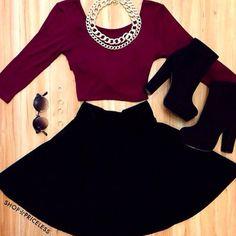 Black boot wedges, harry potter t shirt, black skater, layered necklace
