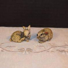 Bunny Figurines Vintage Wild Rabbit Pair by ShellysSelectSalvage