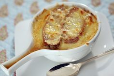Easy dinner recipes: Three great soups for cheese lovers  Isn't everything better with cheese? You can't go wrong on a fall night with these rich (and cheesy!) soup ideas:  http://www.latimes.com/food/dailydish/la-dd-edr-easy-dinner-recipes-great-soups-cheese-lovers-20141105-story.html