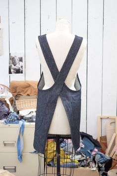 QUITOKEETO | Cone Denim Smock Apron. Want to make one like this!