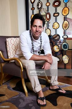 Share, rate and discuss pictures of Paul Rudd's feet on wikiFeet - the most comprehensive celebrity feet database to ever have existed. Paul Rudd, Mode Masculine, Breezy Chris Brown, Bare Men, Birkenstock Men, Preppy Men, Barefoot Men, Mens Flip Flops, Men Photography