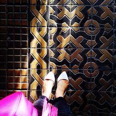 Kraków ul. Dunajewskiego #tileaddiction #kafle #krakow #kraków #polska #polska #floor #floorcore #summer #staircase #tiled #tiles #tiling #tileart #tileporn #cementiles #ceramic #oldtown #old #oldschool #ihavethisthingwithtiles #ihavethisthingwithfloors #amazingfloorsandwanderingfeet #fromwhereistand #shoesonthefloor #iliketiles #ilovetiles by krakowfloors