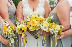 A Gold and Yellow Silver Swan Bayside Wedding by Fine Art Photographer Lauren R Swann
