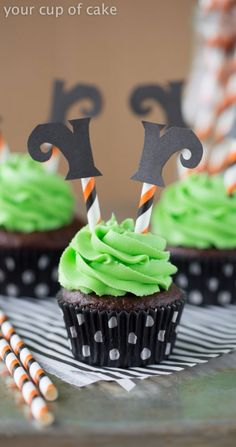 Wicked Witch Cupcakes! So fun for a Halloween and easy for kids to decorate!