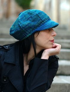 Knitting pattern for Camden Cap hat with bill or brim . Great with multi color yarn. (Etsy affiliate) More patterns for hats with brims at http://intheloopknitting.com/hats-with-brims-knitting-patterns/