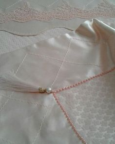 Bedclothes, Bed Sheets, Diy And Crafts, Projects To Try, Gold Necklace, Embroidery, Jewelry, Sewing, Needlework